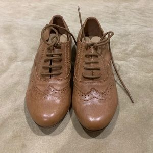Call it Spring brogues